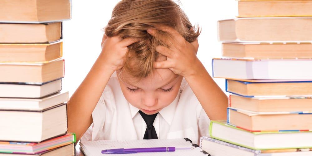 Leistungsdruck Kinder Schulstress Prüfungsangst